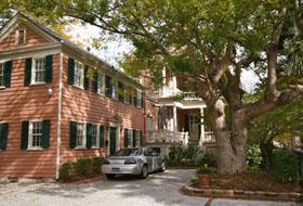 Charleston SC Inns