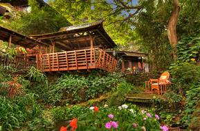 Hale Maluhia Country Inn (house of peace) Kona