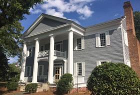 Historic Elizabethtown Inn