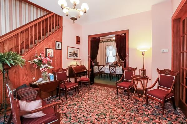 Bellaire Bed And Breakfast Is A Bed And Breakfast For Sale